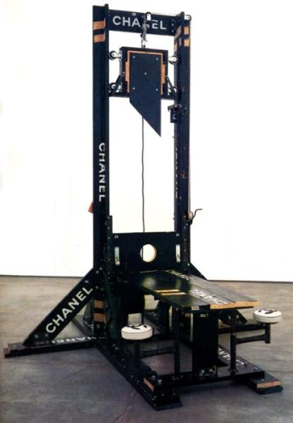 Tom Sachs - Chanel Guillotine