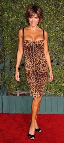 Lisa Rinna: Cougar of all Cougars?